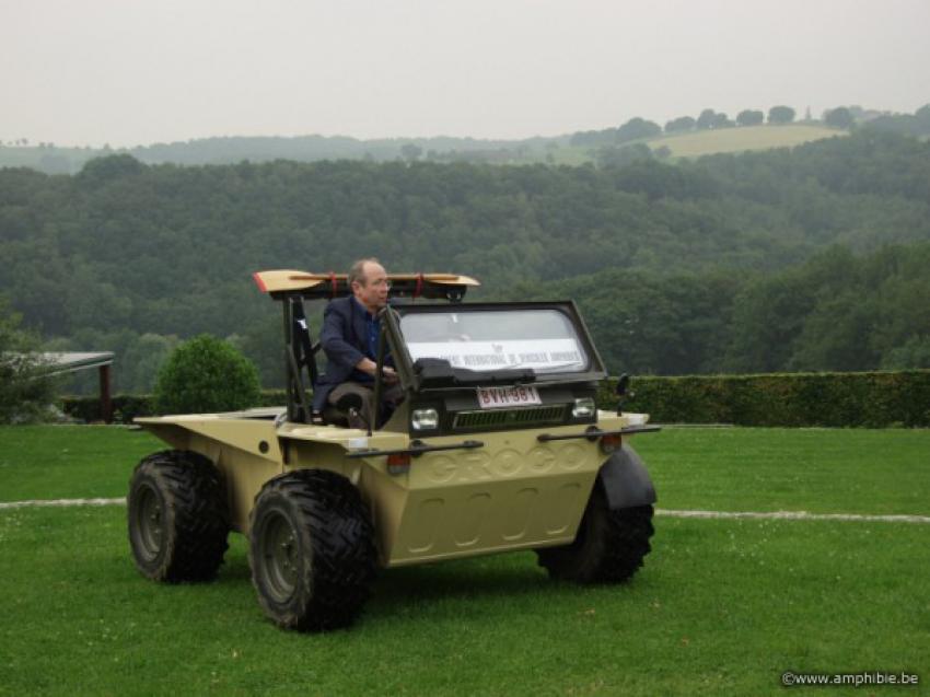 Cross Country 4x4 >> AMPHIBIE.BE : un petit véhicule tout terrain, amphibie, 4X4 roues motrices et directrices CROCO ...
